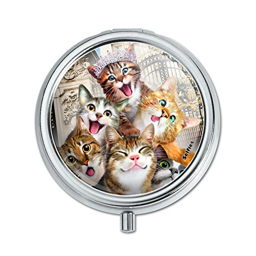 Cats Selfie at London Palace England Britain Pill Case Trinket Gift ()