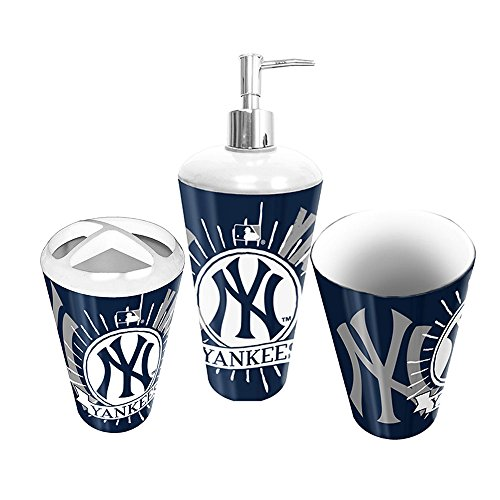 New york yankees bath yankees bath yankee bath new york for Yankees bathroom decor