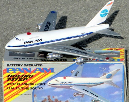 - Vintage PAN Am Airlines Boeing 747 SP Jet Airplane - Battery Operated
