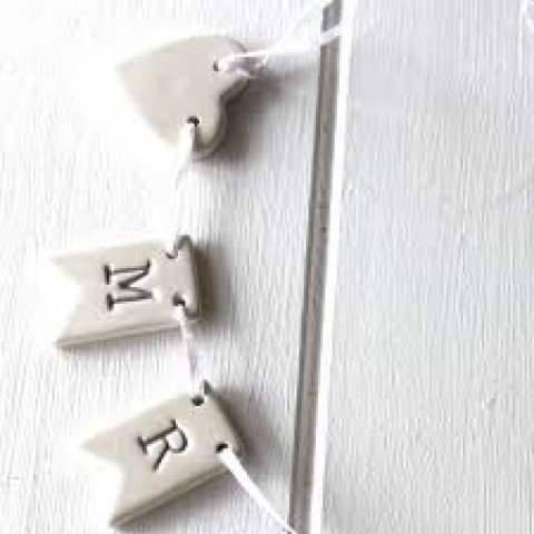 Length 39cm Ceramic Mr and Mrs Bunting for weddings