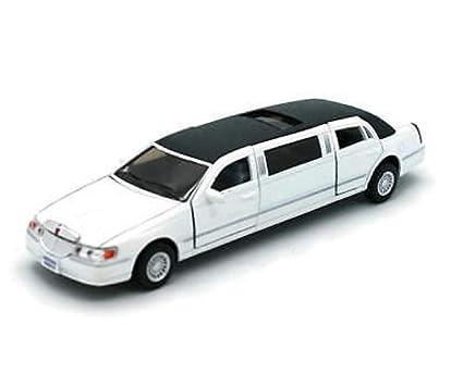 Amazon Com Kinsmart 1 38 Scale Diecast 1999 Lincoln Town Car