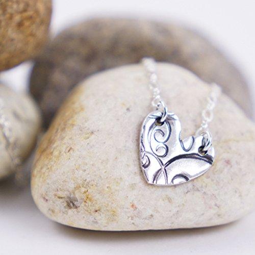 56979bd740883 Cadena de plata para mujer con dije de corazón estampado diseño moderno  Collar de plata regalo