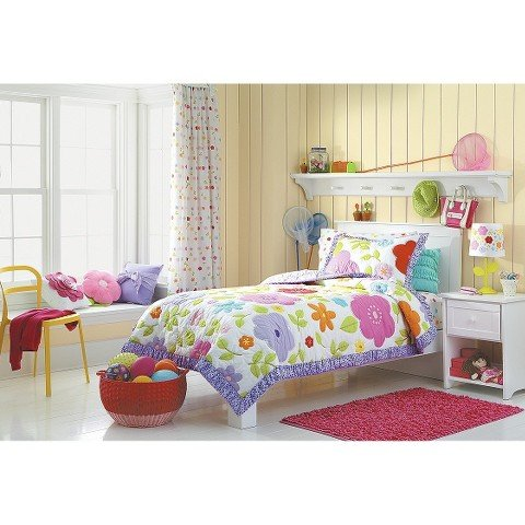 Amazon.com : Circo® Bloom Quilt Set - Twin - Bed Accessories ... : circo quilt - Adamdwight.com