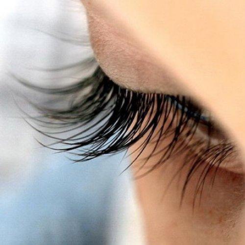 2857ee25c22 Amazon.com : SA3 Cosmetics - Magic Lashes 4ml / 0.14 Fl.Oz - Eyelash &  Eyebrow Growth Fluid : Beauty