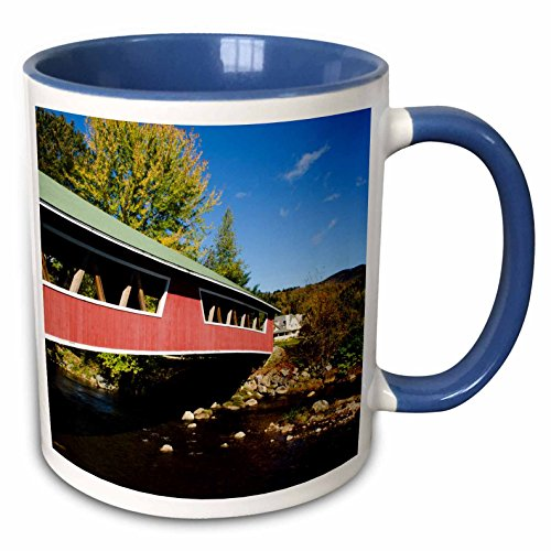 3dRose Danita Delimont - Bridges - USA, New Hampshire, Jackson. Covered Bridge in Wentworth Country Club. - 15oz Two-Tone Blue Mug ()