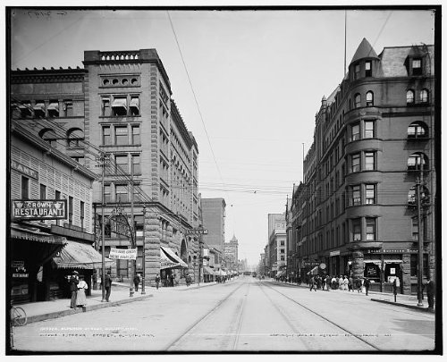 Photo: Superior Street,roads,commercial - Mn Shopping Duluth In