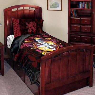 Amazon Com Harry Potter J Adore Gryffindor Twin Bed Set Comforter
