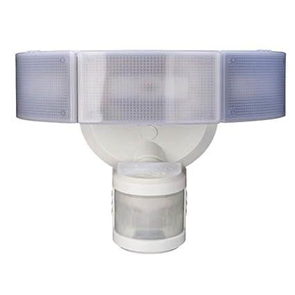 Amazon defiant 270 3 head white led motion outdoor security defiant 270 3 head white led motion outdoor security light aloadofball Choice Image