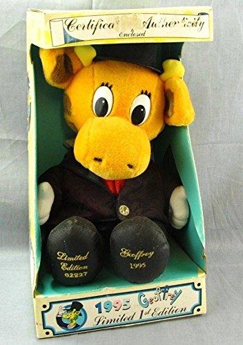 Amazon Com Toys R Us Geoffrey The Giraffe 1995 Plush Stuffed Animal