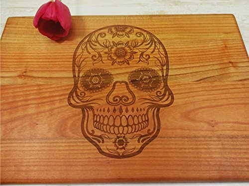 SUGAR SKULL Handmade cutting board. Laser