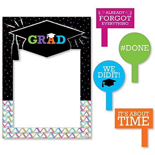 Big Dot of Happiness Hats Off Grad - Graduation Party Selfie Photo Booth Picture Frame & Props - Printed on Sturdy Material ()