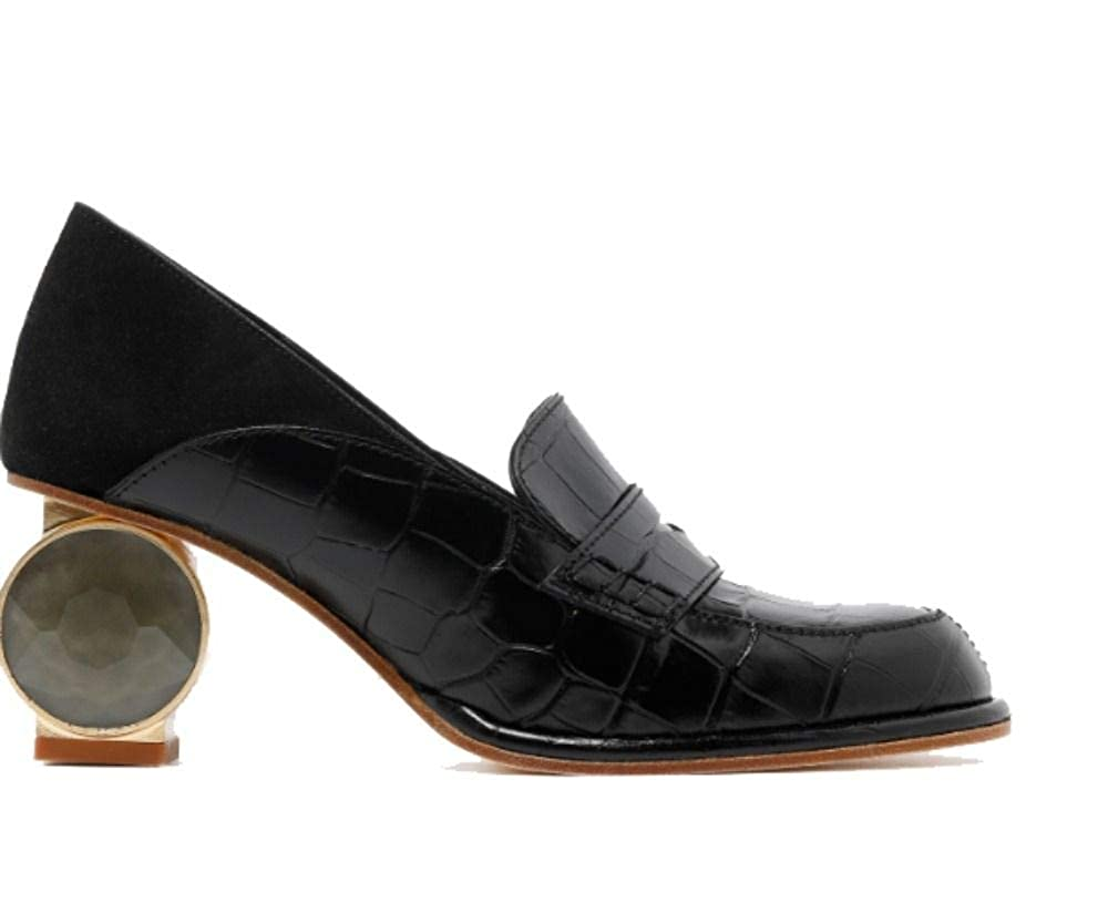 - Loewe Women's 453196941100 Black Leather Loafers