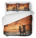 Emvency Bedsure Duvet Cover Set Closure Printed Decorative Colorful Thai Lover with Romantic Scene on the Royong Beach Thailand at Dusk Breathable Bedding Set With 2 Pillow Shams Full/Queen Size