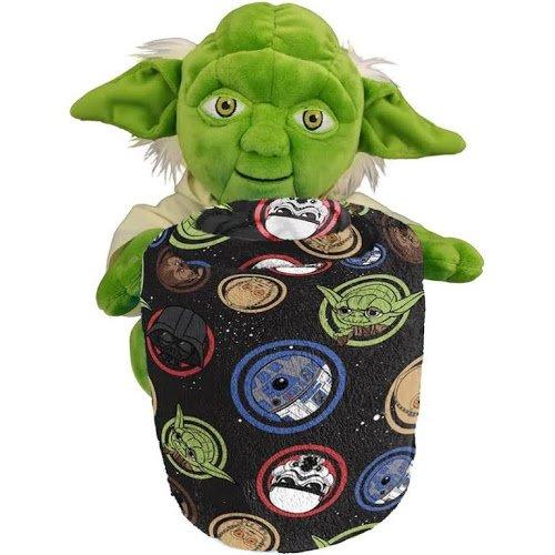 (Star Wars Hugger Galaxy Yoda Plush Throw)