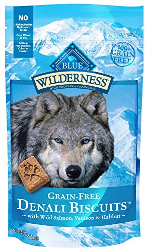 Blue Buffalo Wilderness Denali Biscuits Grain Free Crunchy Dog Treats, Wild Salmon, Venison, & Halibut 8-oz bag ()