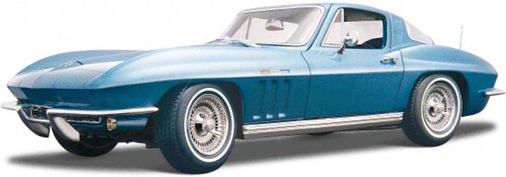 amazon com maisto 1965 chevy corvette blue 31640 1 18 scale diecast model toy car toys games maisto 1965 chevy corvette blue 31640 1 18 scale diecast model toy car