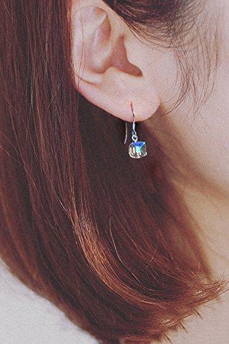 Generic European and American minimalist style retro earrings square glass beads fashion mini sugar cube earrings earrings earrings earrings women girls lady (Mini Square Earrings Glass)