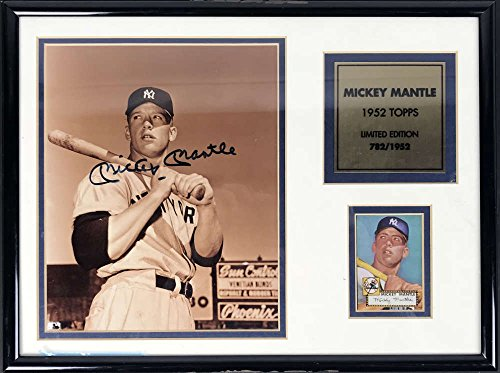 1952 Topps Mantle - Mickey Mantle Signed Autographed 1952 Topps Rookie Card Display Beckett BAS
