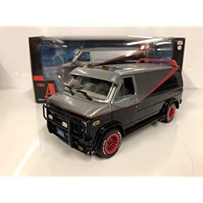 Greenlight 1:24 Hollywood - The A-Team - 1983 GMC Vandura,colors may vary: Toys & Games