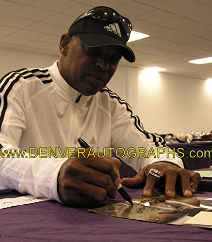 Cliff Branch Autographed/Signed Oakland Raiders 8x10 Photo