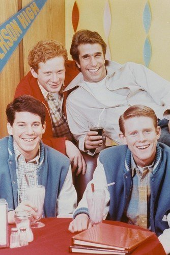 Happy Days Early Pose Fonzie,Richie,Potsie,Ralph in Arnolds Diner 11x17 Mini Poster