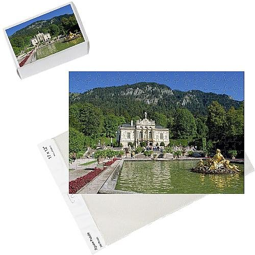 Photo Jigsaw Puzzle of Gilded statues and pool in the gardens in front of Linderhof Castle