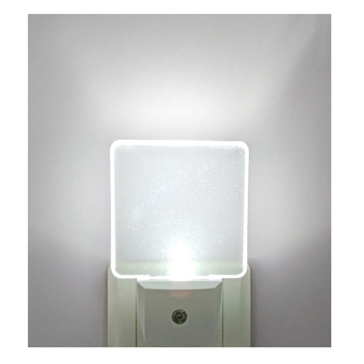 GREENIC LED Night Light,Dusk to Dawn Light Sensor,UK Plug in (Yellow, Pack of 1)