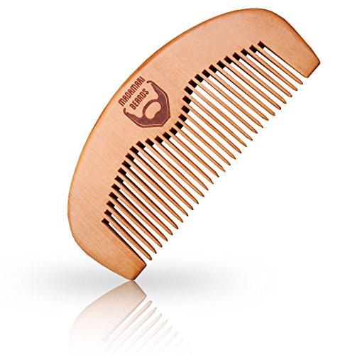 Madamari Holzkamm zur Bartpflege - Hochwertiges Werkzeug für den wahren Mann - Pfirsichholz für eine edle Optik und angenehme Griffigkeit - Bartkamm nicht statisch
