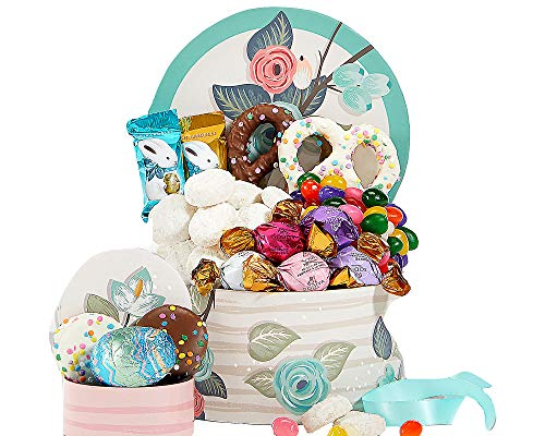 Classic Easter Chocolate and Sweets Gift Basket ()