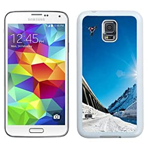 Unique Phone Case Snowboard Big Air Winter Sports Galaxy S5 Wallpaper in White