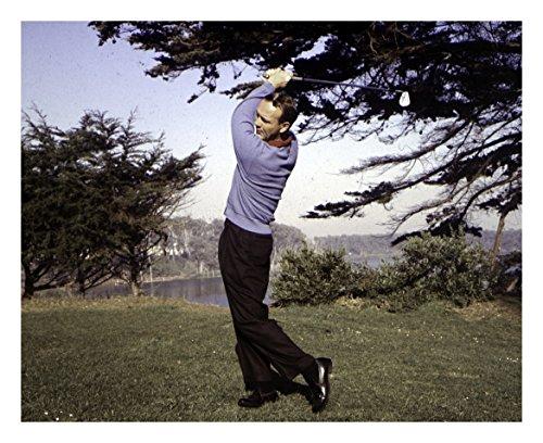 Arnold Palmer With Golf Club - 24