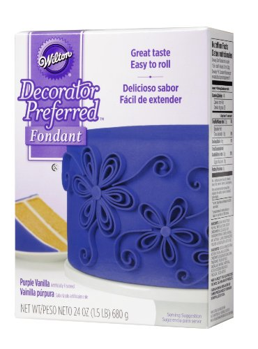 Wilton Decorator Preferred Purple Fondant, 24 oz. Fondant Icing