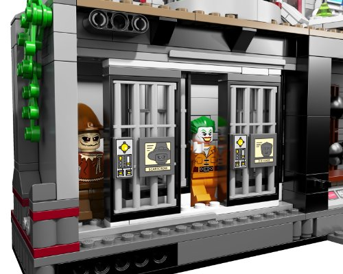LEGO Super Heroes Arkham Asylum Breakout (10937) (Discontinued by manufacturer)