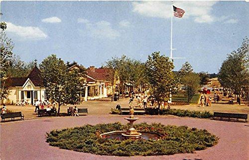 (Wakefield, Massachusetts, MA, USA Postcard Entrance to Fun at Pleasure Island Unused)