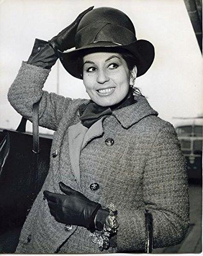 Alma Cogan British Singer Original 8x10 Press Photo 1963 London Airport
