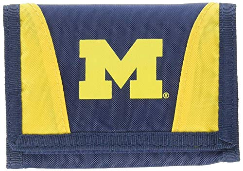 The Northwest Company Officially Licensed NCAA Michigan Wolverines Chamber Wallet