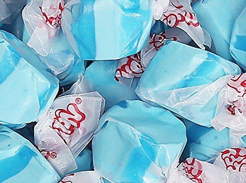 blue salt water taffy candy - 4