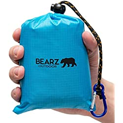 BEARZ Outdoor Beach Blanket/Compact Pocket Blanket 55″x60″, Waterproof Ground Cover, Sand Proof Picnic Mat for Travel, Hiking, Camping, Festivals - Durable Tarp w/Corner Pockets, Loops & Bag (Blue)
