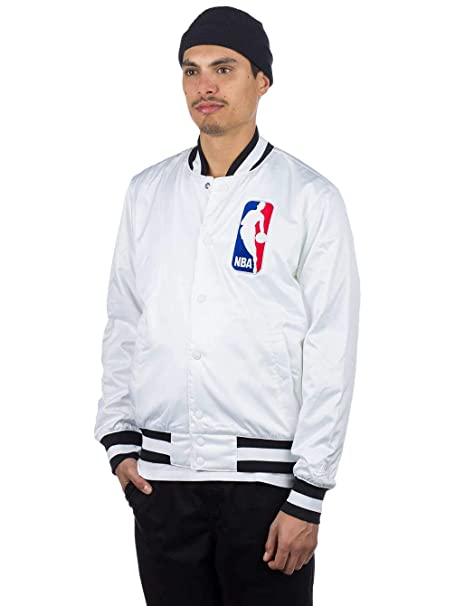 buy online 451e4 16ab9 Amazon.com  Nike SB x NBA Men s Bomber Jacket  Clothing