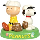 Westland Giftware Peanuts Magnetic Charlie and Snoopy Baseball in Tray Salt and Pepper Shaker Set, 4-Inch