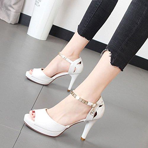 Xue Qiqi high-heel Schuhe Frauen Schuhe Wort Metal Gürtelschnalle mit dem Wort Schuhe das Gitter waren Sandalen Weiblich d7383a