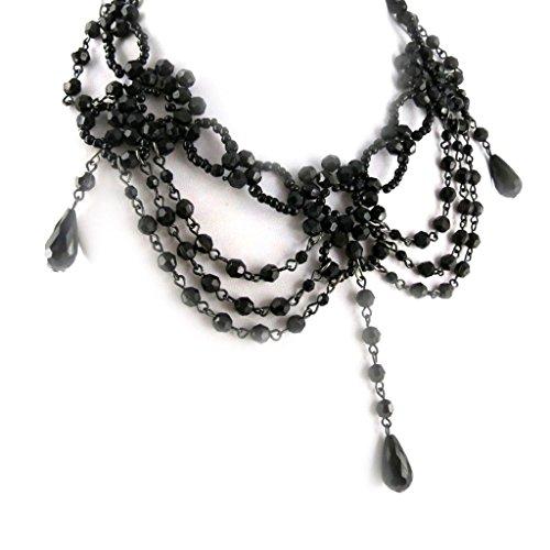 Costume Courtisane (Designer finery 'Courtisanes' black.)