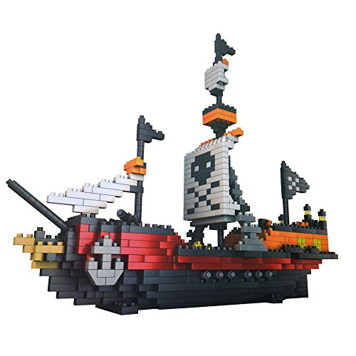 Blomiky 780 pcs Building Blocks Model Sailing Pirate Ship Model School Educational supplies Toys Pirate Boat Block 93-11 (Pirate Models Ship)