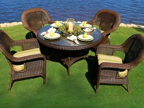 (Tortuga Outdoor Garden Patio Lexington 5-Piece Dining Set 4 dining chairs, 1 large dining table - Mojave)