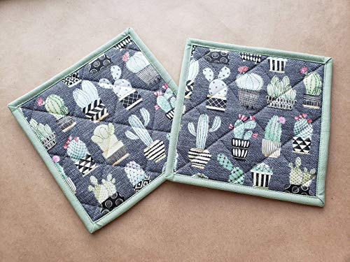 Cactus Potholders Set of 2 Modern Succulent Home Decor Pair Quilted Hot Pads Insulated Trivets Cacti Kitchen Linens Southwestern Home Decor Navy Light Green Denim Handmade Gifts Under 20