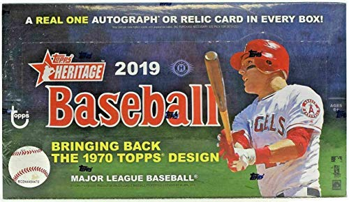 2019 Topps Heritage Baseball Hobby Box (24 Packs/9 Cards: 1 Autograph or Relic) -