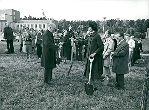 Vintage photo of Rector Magnificus Prof Torgny ()