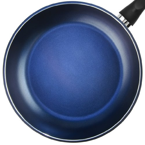 TeChef - Color Pan 12 Frying Pan, Coated with DuPont Teflon Select - Colour Collection / Non-Stick Coating (PFOA Free) / (Lavender Blue)