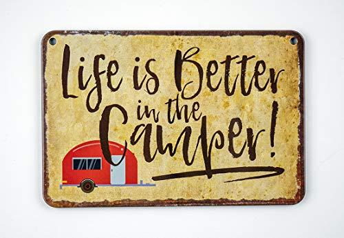 Blechschild Life is Better in the Camper - witziges Retro Deko Schild - lustiges Metallschild mit Kordel und Saugnapf…