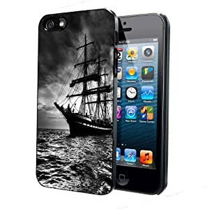 Pirate Ship Black & White iPhone 4 4s Back Case